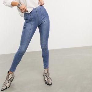 🌟🖤HOST PICK🖤🌟🆕Free People Skinny Jeans